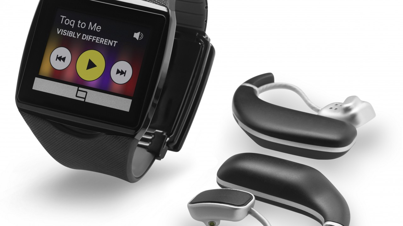 Qualcomm Toq Smartwatches,watches,review,unboxing,interface,Android,display,hi-tech