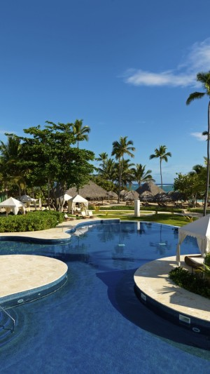 Beachfront Real Estate,Dominicana,Best Hotels of 2017,tourism,travel,resort,vacation,pool,palms