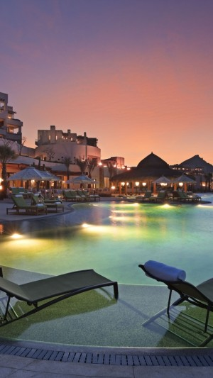 Cabo San Lucas,Mexico,Resort,Hotel,sunset,sunrise,pool,sunbed,light,travel,vacation,booking,architecture