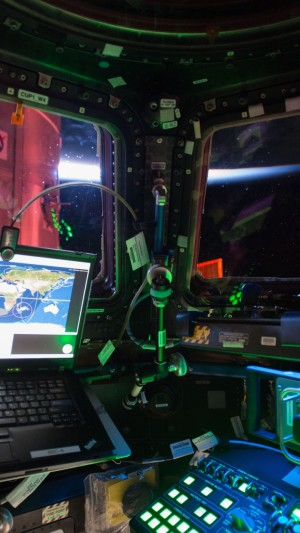 Photo of the Day,ISS-42/43,Cupol,space ship,laptop,track,hi-tech