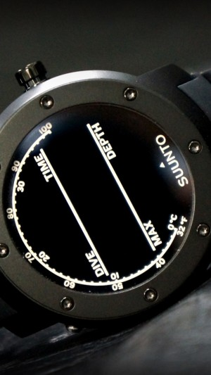 Suunto Elementum,watches,review,Terra,unboxing,display,interface,front,side,hi-tech